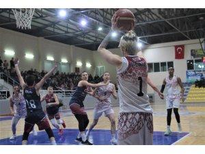 Türkiye Kadınlar Basketbol 1. Ligi: Elazığ İl Özel İdare: 108 - İstanbul Gücü: 42