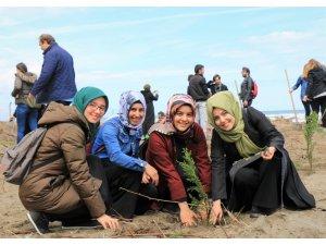 Üniversiteli gençlerden 'hatıra ormanı'
