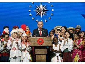 """Cumhurbaşkanı Erdoğan: """"Dünyayı güzelleştiren yegane şey çocukların tebessümüdür"""""""