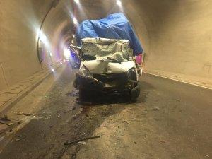 Erkenek tünelinde kaza
