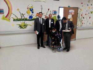 İl müftülüğü manevi destek birimi 23 nisanda hasta çocukları unutmadı