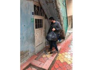 Kanser hastası kadından Sason'a yardım
