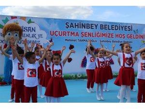 Şahinbey'de çocuklar uçurtma şenliğinde buluştu