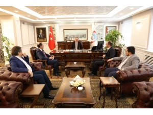 """Melikgazi Belediye Başkanı Dr. Mustafa Palancıoğlu """"Hayırlı olsun ziyaretlerinde; projeler konuşuluyor, ortak çalışmalar değerlendiriliyor"""""""