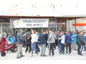 Erdemli Kurs Merkezi, yeni dönem kayıt sınavını gerçekleştirdi