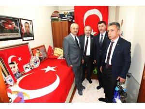 Başkan Büyükgöz'den şehit ailelerine ziyaret