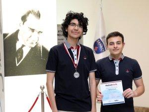 SANKO Okulları uluslararası robot yarışmasında ikinci oldu