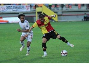 Spor Toto Süper Lig: Göztepe: 3 - Demir Grup Sivasspor: 3 (Maç sonucu)
