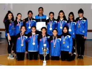 Hoca Yusuf Erdem Ortaokulu Şampiyon oldu