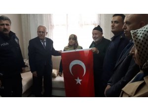 Kaymakam Alkan'dan şehit ailesine ziyaret
