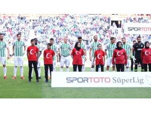 Spor Toto Süper Lig: Konyaspor: 2 - Trabzonspor: 1 (İlk yarı)