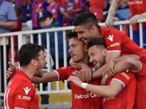 Spor Toto 1. Lig: Altınordu: 3 - Boluspor: 0