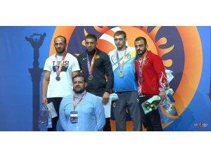 Kiev turnuvasında 5 madalya kazanan milliler takım halinde 3. oldu