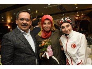 """Başkan Demir: """"Ne yapsak annelerin hakkı ödenmez"""""""