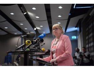 İsveç, Julian Assange'in tecavüz soruşturmasını yeniden açtı