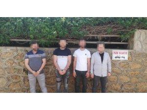 Alanya'da 2 evde hırsızlık yapan şüpheliler yakalandı
