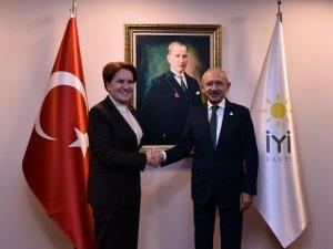 CHP Genel Başkanı Kemal Kılıçdaroğlu, Akşener'i ziyaret etti