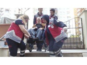 Engelli ve yatalak hastaların sağlık kurumlarına erişim hizmeti