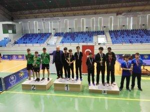 Şehit Bekir Çakır Ortaokulu Masa Tenisinde Türkiye İkincisi Oldu