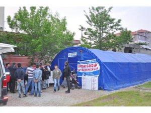 Gölbaşı Belediyesinden 9 noktaya iftar çadırı
