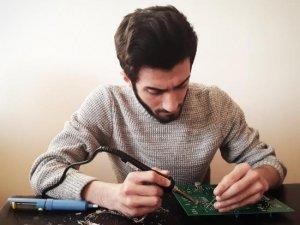 NEVÜ öğrencileri kendi deney setlerini kendileri üretiyor