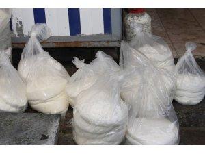 Siirt'te aşırı yağışlar peynir fiyatlarını etkiledi