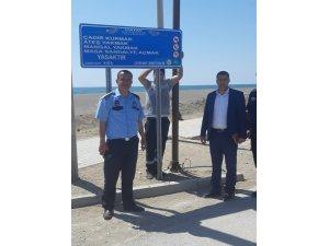 Samandağ sahiline uyarıcı levhalar yerleştirildi