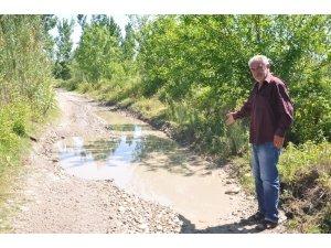Sumbaslı çiftçiler sulama kanalı ve yol istiyor