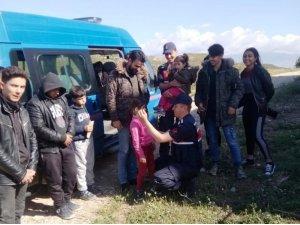 30 kaçakla birlikte yakalanan 2 Suriyeli organizatör tutuklandı