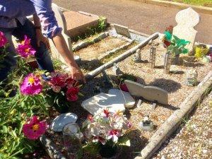 Fransa'da Müslüman mezarları tahrip edildi