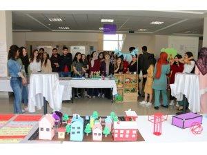 NEVÜ Sınıf Öğretmenliği Bölümü öğrencilerinin hazırladığı 'Materyal Tasarımı Sergisi' açıldı