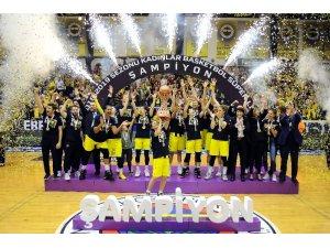 Fenerbahçe Kadınlar Basketbol Süper Ligi'nde şampiyon oldu