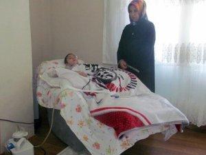 Trafik kazasında yatalak kalan Muhammet Yusuf, 156 bin TL'lik tedavisi için yardım bekliyor