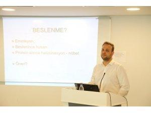 """Doç. Dr. Atıl Bişgin: """"Türkiye'de nadir hastalık görülen 6-7 milyon kişi var; dünyada bu rakam 250-300 milyon"""""""