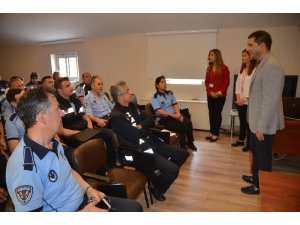 Kuşadası'nda zabıta personeline 'stres ve çatışma yönetimi' eğitimi