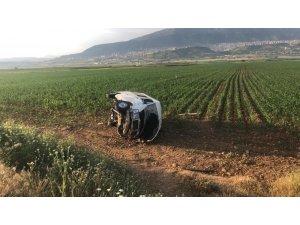 Yolcu minibüsü yan yattı: 6 yaralı