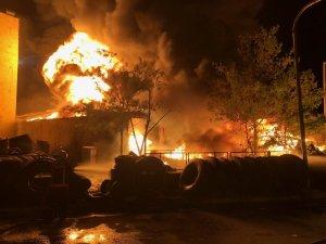 Ankara'da lastikçiler sitesinde yangın