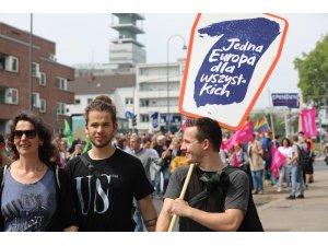 AP seçimleri öncesi Almanya'da ırkçı karşıtı gösteri