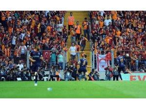 Spor Toto Süper Lig: Galatasaray: 0 - M.Başakşehir: 1 (İlk yarı)