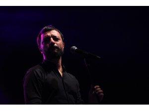 Kocaeli'de 19 Mayıs coşkusu Mehmet Erdem konseri ile yaşandı