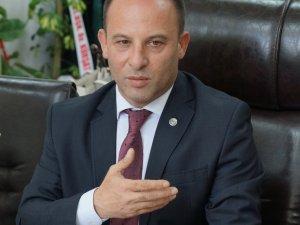 """Baro Başkanı Bozkurt, """"Yalan söylemek bir belediye başkanına yakışmıyor"""""""