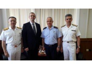 """MSB: """"Ege Denizi'nde Güven Artırıcı Önlemler ve Davranış Kuralları başta olmak üzere işbirliğini geliştirmek amacıyla Atina'da bulunan heyetimiz, Yunanistan Heyetinin Başkanı Nikos Zachariadis ile bir görüşme yaptı.&quo"""