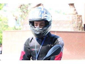 Dünyada bir ilk, geçirdiği motosiklet kazası hayatını değiştirdi