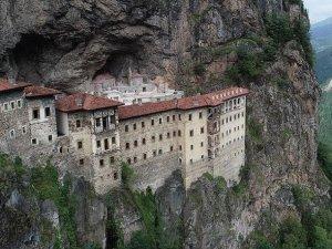 Sümela Manastırı'nın kapıları yeniden açılıyor