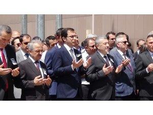 Kalp krizi nedeniyle hayatını kaybeden hakim Lale Yıldız için adliyede tören düzenlendi