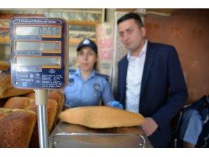 Zabıta Müdürlüğü'nden ekmek ve pide gramaj denetimi