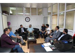 Vali Arslantaş'tan gazeteciler cemiyetine ziyaret