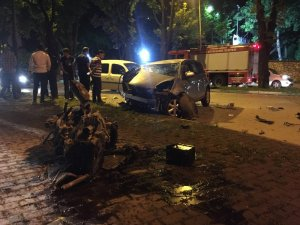 Sahur yolunda feci kaza... Ön camdan fırlayan sürücü ağır yaralı