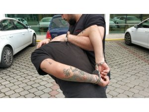 Uyuşturucuyla yakalanan cezaevi firarisi tutuklandı