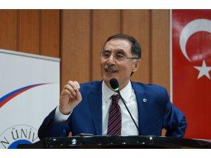 "Kamu Başdenetçisi Malkoç: ""Anayasa Mahkemesi'nde 100 bin tane dosya var"""